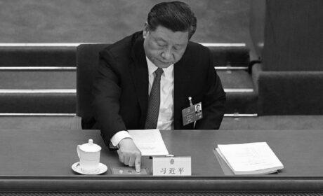 Regime chinês ameaça 'tomar como reféns' os americanos na China pelo julgamento de cientistas chineses