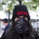 Afroamericanos le dicen «no» al comunismo: echan a «patadas» a los integrantes de ANTIFA de las manifestaciones (videos)