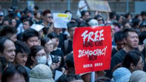 La nueva ley de seguridad de Hong Kong podría ser la herramienta del régimen chino para destruir la autonomía de Taiwán