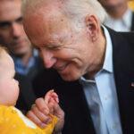 ¿Bebés transgénero de 18 meses? La fundación Biden lo promovió con una campaña LGTB