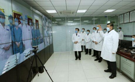 Otra PENA DE MUERTE EN CHINA: Xi Jinping prohibió a médicos de Wuhan hablar sobre el inicio del coronavirus bajo pena de muerte