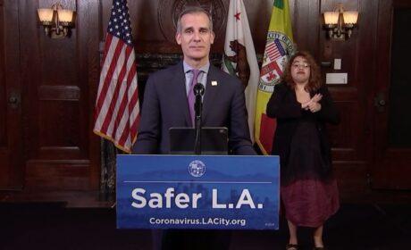 ¡BASTA DE CUARENTENA!: Alcalde de Los Ángeles aumenta restricciones pero el pueblo se levanta