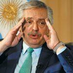 """Denuncian penalmente al presidente argentino por """"envenenamiento con medicinas"""""""