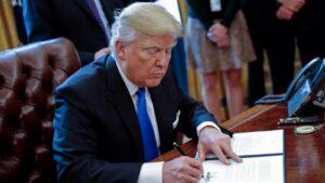 DEFENDIENDO LA LIBERTAD: Trump firma memorándum contra deportación de venezolanos hacia la DICTADURA de MADURO