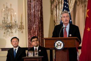 Biden pone al frente de la CIA a un funcionario estrechamente relacionado con el régimen chino