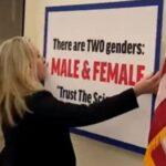 Guerra de pasillo: Representante republicana pone cartel defendiendo la existencia de dos sexos (VIDEO)
