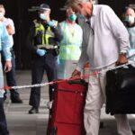 Miles de personas obligadas a hacer 'cuarentena hotelera' en Australia se niegan a pagar las desorbitadas facturas