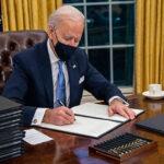 Biden deja sin efecto 7 ordenes ejecutivas de Trump sin dar explicaciones