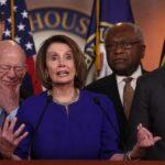 Los demócratas presentan un nuevo proyecto de ley para prohibir permanentemente a Trump