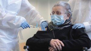 MÁS VÍCTIMAS: Las vacunas causan 600 casos nuevos de trastornos oculares y deja ciegas a 5 personas