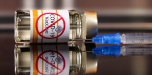 Víctimas de coágulos de sangre de la vacuna COVID exigen compensación al gobierno de EE. UU.