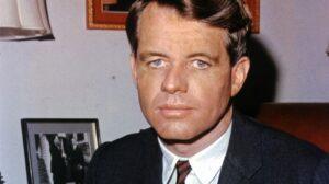 La muerte de Robert Kennedy en manos de la CIA y las operaciones psicológicas a gran escala