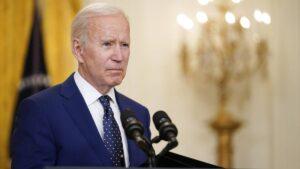 El deterioro cognitivo de Biden: dice que quien gane menos de 400.000 dólares no tendrá que pagar 'ni un penique' en impuestos