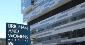LA VIDA NO IMPORTA: Hospital de Boston atenderá según la raza y los blancos quedarán últimos