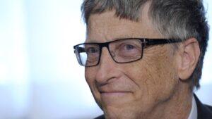 'Bill Gates asistía a fiestas nudistas, contrataba a prostitutas y pasaba el rato con pedófilos': explosivas afirmaciones de la biografía del magnate