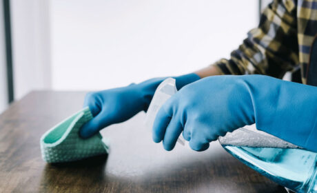 ¿Adiós desinfectantes? Ahora, el CDC dice que no se necesitan para protegerse del virus PCCh [VIDEO]