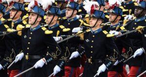 «Sí, se está gestando una guerra civil en el país»: Nuevo manifiesto de centenares de militares franceses