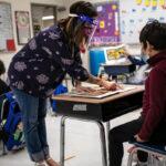 Poderoso sindicato de maestros influyó en el Gobierno para evitar apertura total de escuelas en EE. UU.