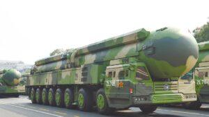 El PCCh amenaza con ataques nucleares a EE.UU. después de que este país anuncie una investigación sobre el origen del virus