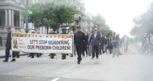 La primera Marcha de Hombres contra el aborto en DC reúne a cientos de personas