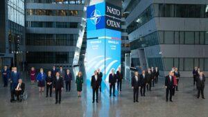 La OTAN, un pilar del globalismo encaminado a ser escuela del pensamiento 'woke'