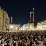 El gobierno de Italia impone el pasaporte de vacunación y el país estalla en protestas