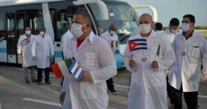 La esclavitud a la que son sometidos los médicos cubanos en las misiones humanitarias