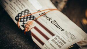 'The New York Times' falsea la realidad de Cuba y blanquea a la dictadura comunista