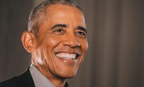 Obama se burla de la pandemia (y de las restricciones) montando una fiesta de cumpleaños con 700 personas