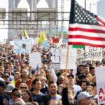 Masivas protestas en Nueva York en contra del mandato de vacunación